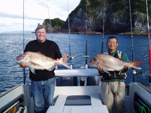 Toshi and Bob hit the big snapper