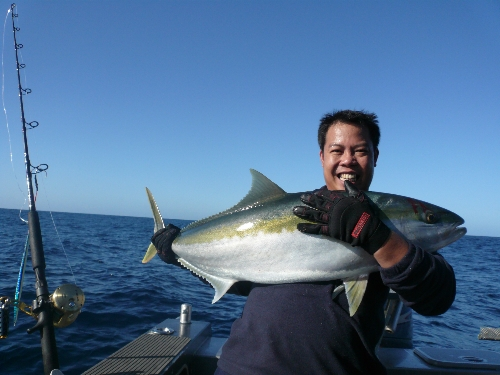 this kingies is an 19kg fish