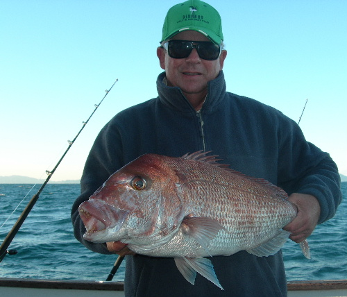 Pat with a nice SP snapper off DIVERSITY