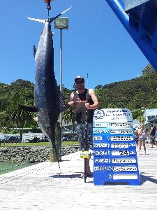 my frinds first marlin on his 5 mtrer boat on his own