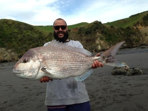 surf casting in the Naki,  22 pound shot to the boys Gargs and willy