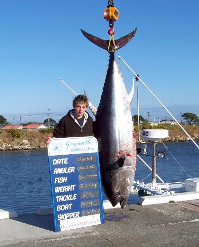 Chris Jones (15yrs) 270.5Kg Blue fin tuna