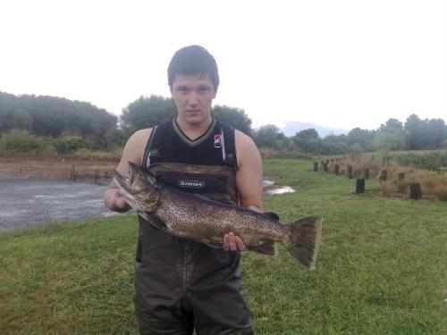 1st double figure fish in 7 years ov fishin.... Beauty...