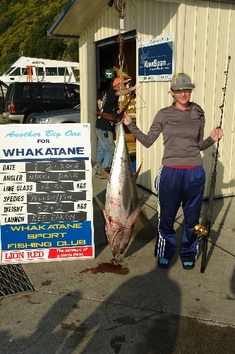 Nikki Pask first time out game fisihing. 32.2KG Yellowfin tuna