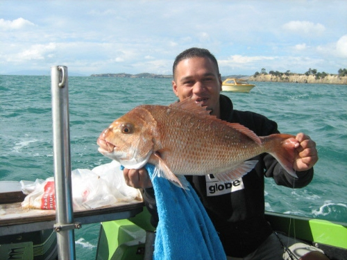 my mate steve and his biggest snapper yet
